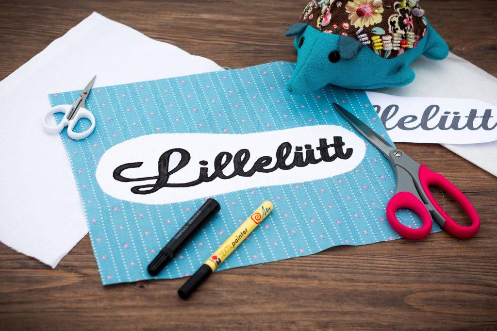 Label für mein Quilt - Jahreszahl & Blogname - 6 Köpfe 12 Blöcke Quilt