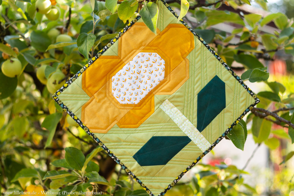 Miniquilt - Frühlingsblume / Spring Flower Quilt Block - Ellis and Higgs Patchwork Pattern